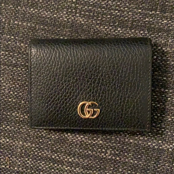Gucci Handbags - Small Gucci wallet
